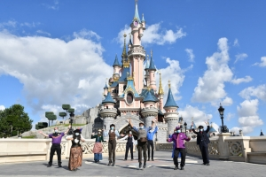 Disney Parken voegen de 'Inclusion Key' toe aan Cast Member Training