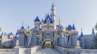 Sleeping Beauty Castle in Disneyland Park (VS) heropent met verbluffende verbeteringen